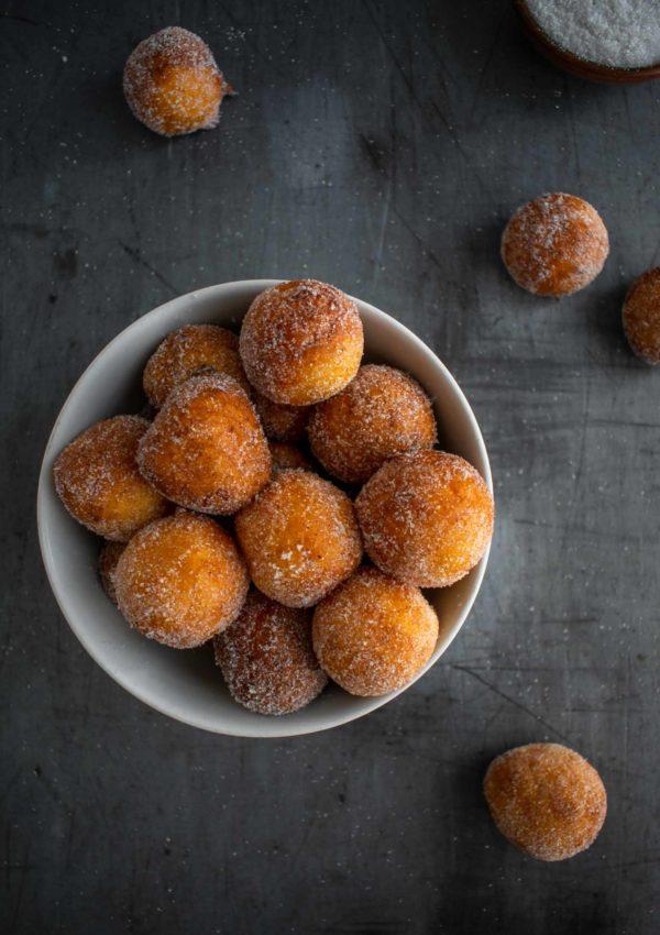 Mini Ricotta doughnuts with Vanilla and Nutmeg Sugar